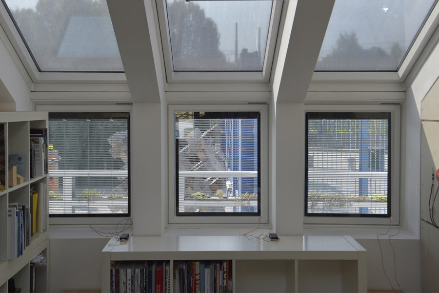 9 September 2020, We have installed our first mock-up adding value to the existing Windows of the Valuxlab house in Milano